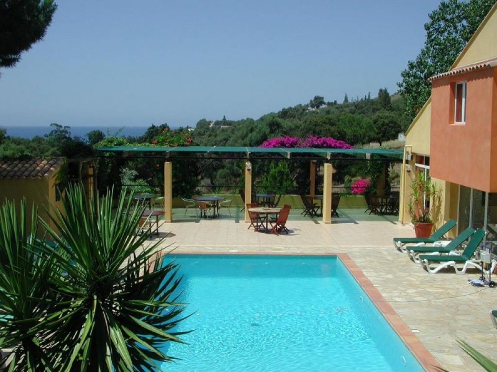 Beautiful and Spacious Condo in Cargèse, Residence Helios, Corsica