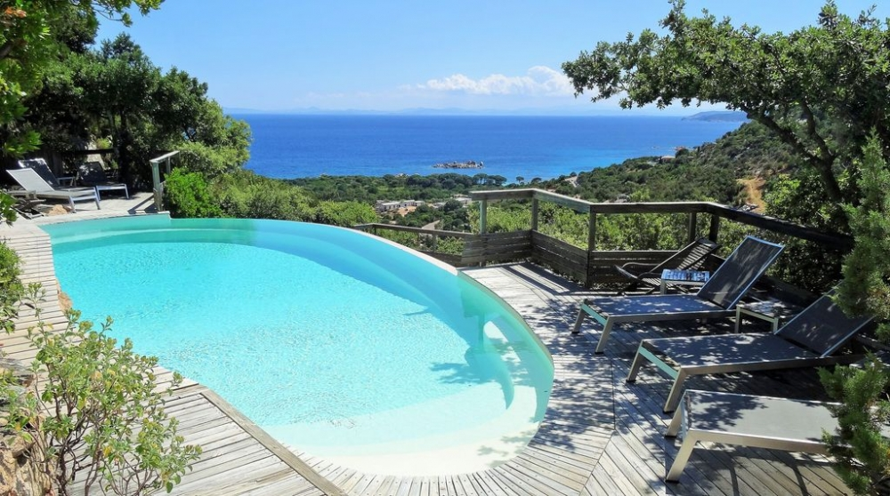 Beautiful 4-star House with Panoramic Sea view and Heated Pool in Palombaggia, Corsica