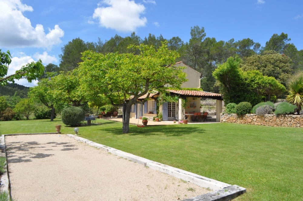 Country House with Private Pool and Cabin in the Heart of Provence - Les 2 Palmiers
