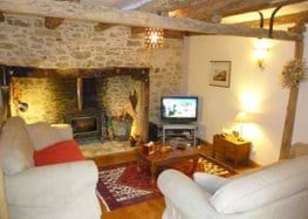 Spacious and Comfortable 3 Bedroom Farmhouse in Sarlat, Dordogne - La Ferme