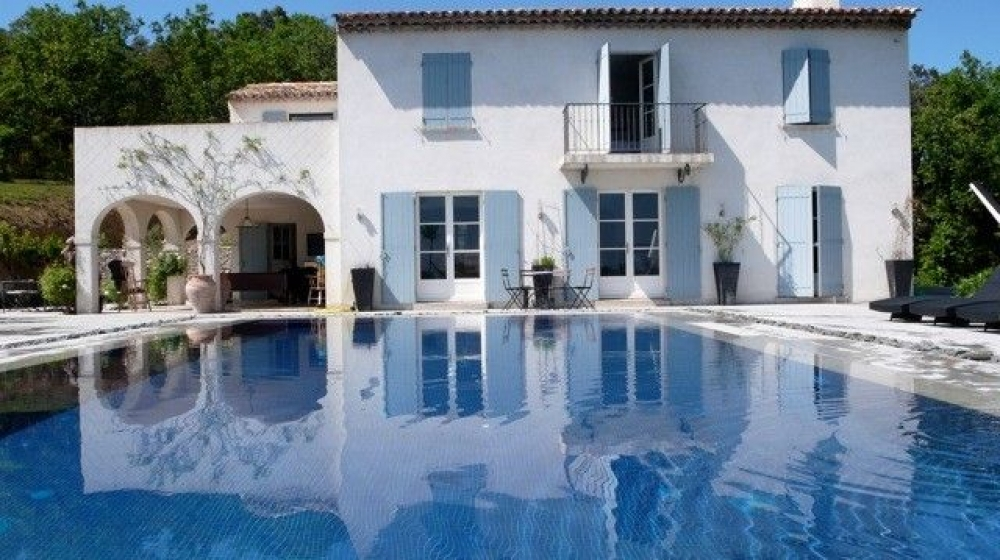 Luxury secluded villa with stunning pool and panoramic views