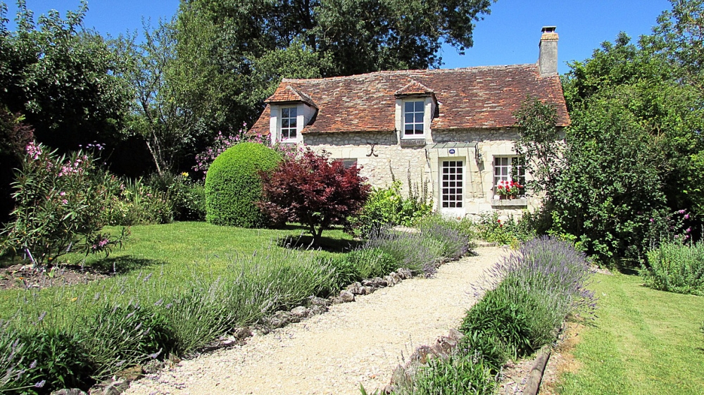 Romantic Holiday Cottages with Heated Pool and Private Gardens - Loire Valley, France