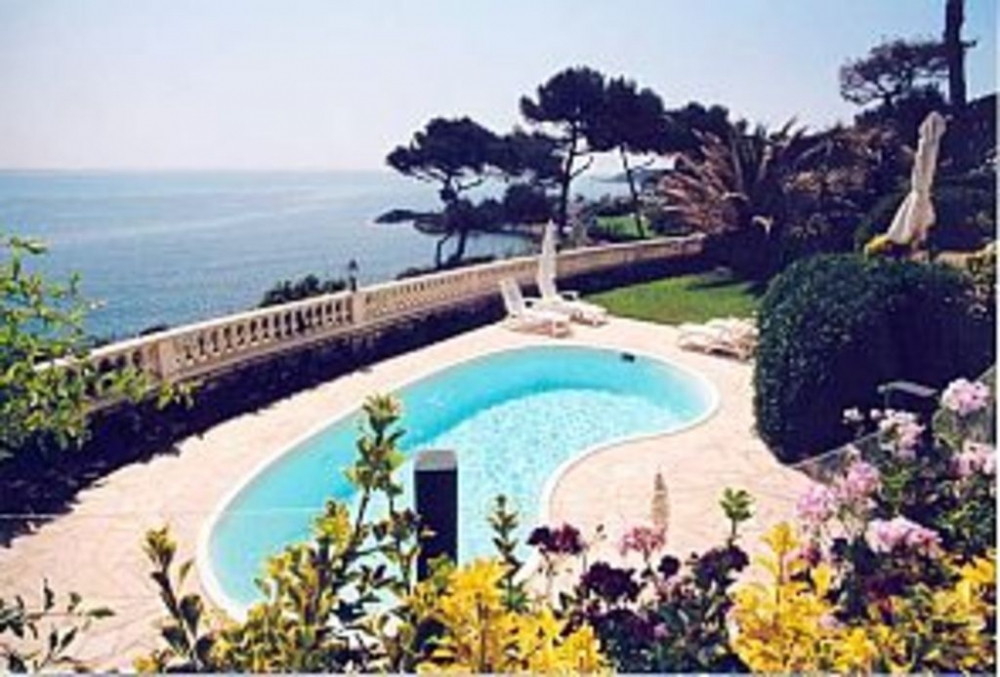 Wonderful Two Bedroom Duplex Apartment With Panoramic Sea Views - Antibes, Provence