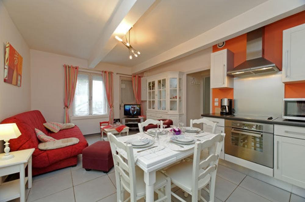 Charming Holiday Apartment in Le Touquet, Nord-Pas De Calais