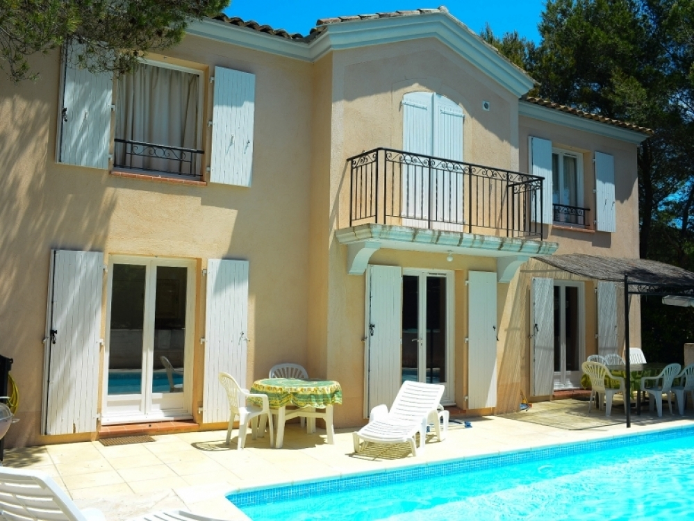 Luxury Four Bedroom Villa situated on The Pont Royal Golf & Country Club - Mallemort, Bouches-du-Rhone