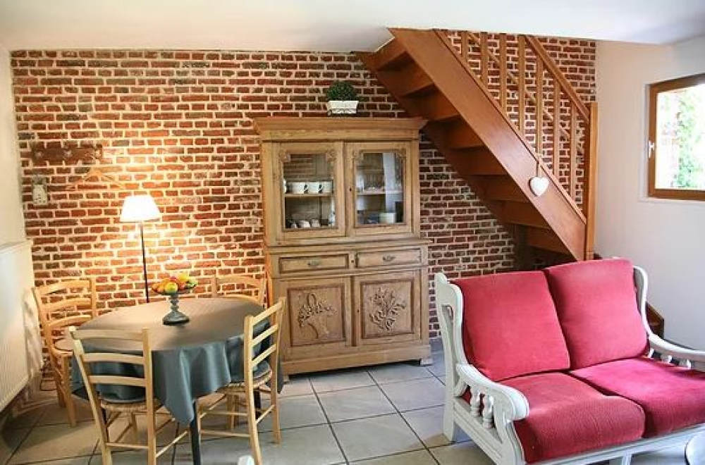 La Ferme des Buis Self Catering Gites in Sainghin-en-Weppes, Lille - Gite Les Coquelicots