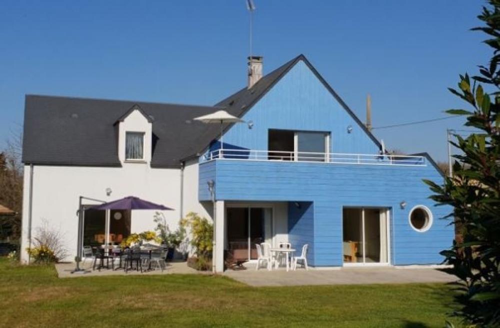 Holiday Gite in Marcey-les-Grèves, Manche, Normandy - Gite La Maison Bleue