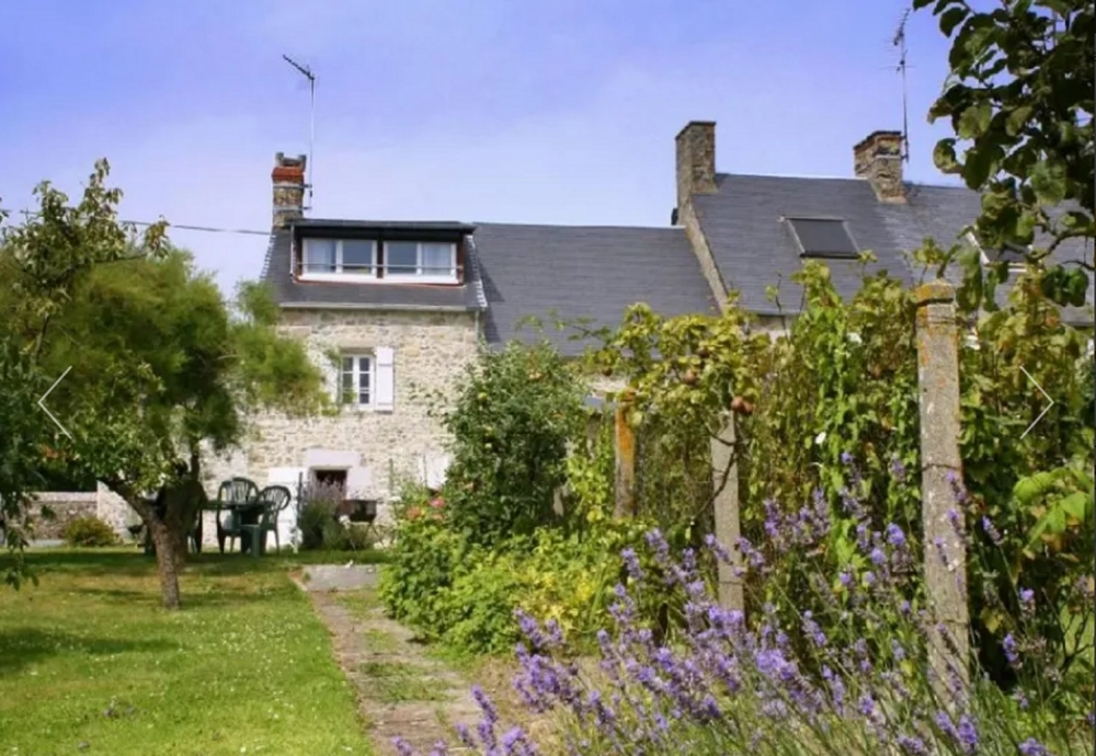 Lovely Stone House with Private Garden in Agon-Coutainville, Manche - Le Petit Clos