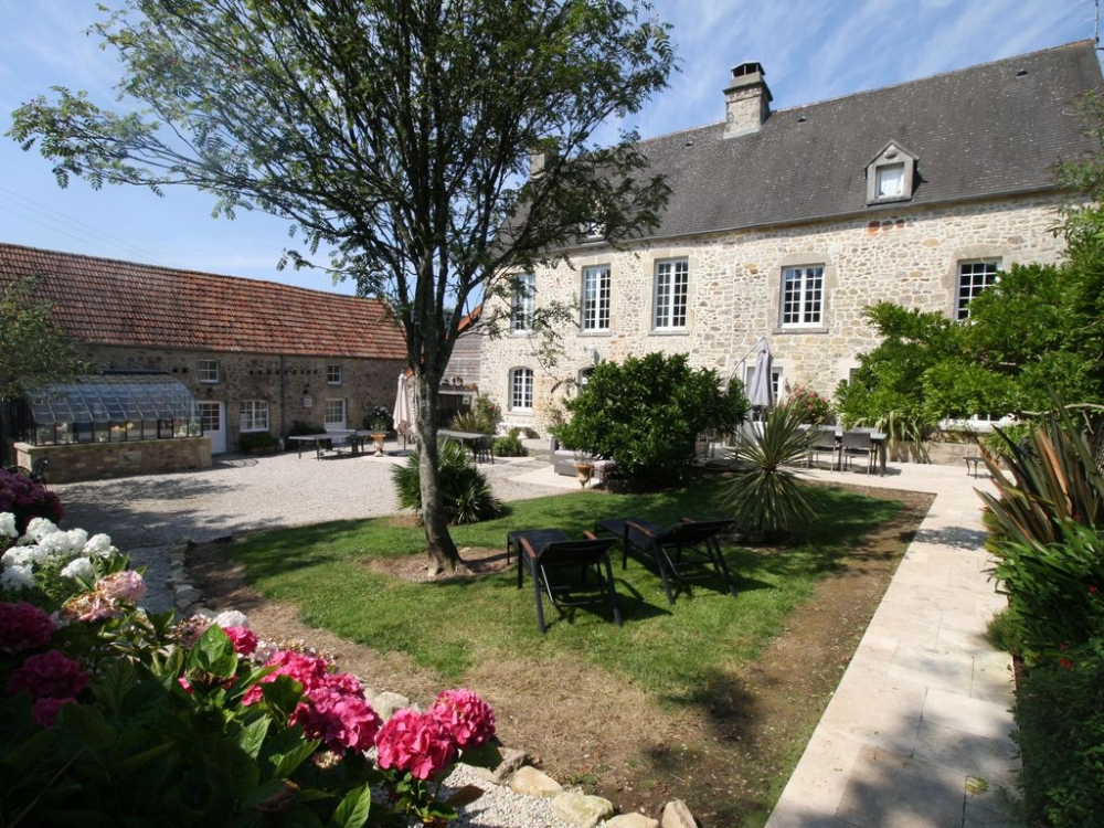 5 Beautiful Cottages with Spa in Tamerville, Normandy - La Clef Decamp