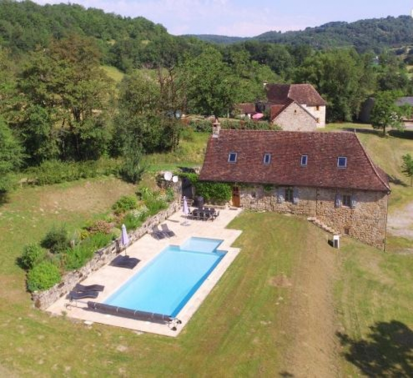 Beautiful 4 bedroom Home with Private Heated Pool, Close to Meyssac and Collonges la Rouge - Les Noyers
