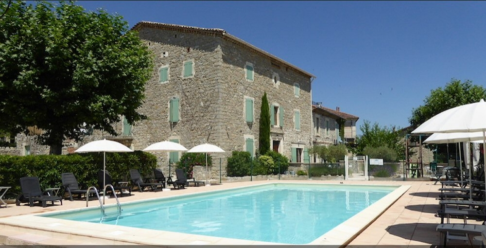 Wonderful Self-Catering Apartments at La Bastide Des Lavandieres, Canaules-et-Argentieres, Gard