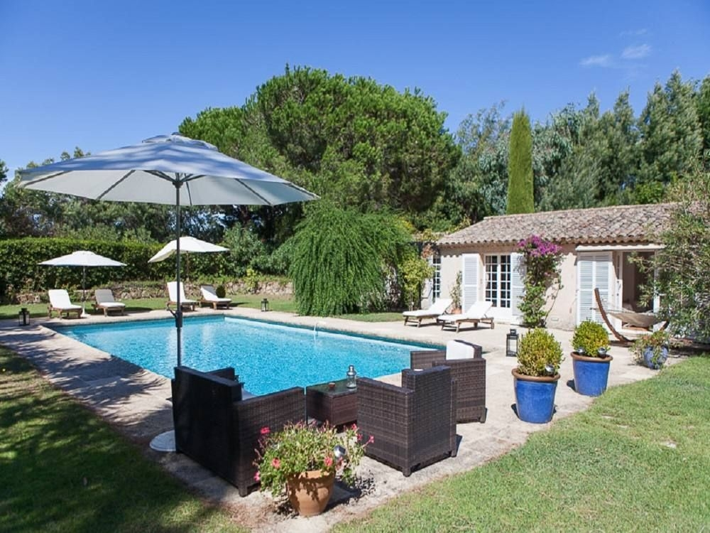 Luxury Saint-Tropez Villa with Pool, Located in Large Private Park with Tennis Courts - Provence, Var