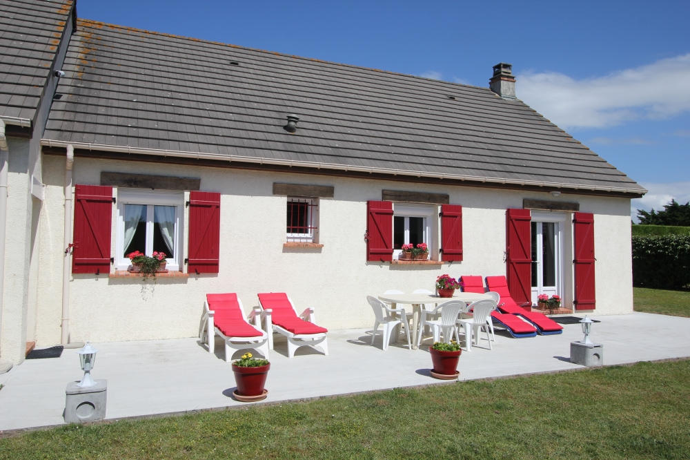 Beautiful House 250 Metres From The Sea in Manche, Normandy  - Les Mouettes