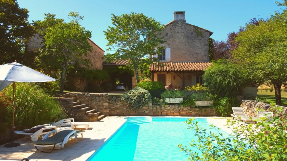 Beautifully Restored Farmhouse with Private Pool, Stunning Views, Near Cordes-sur-Ciel