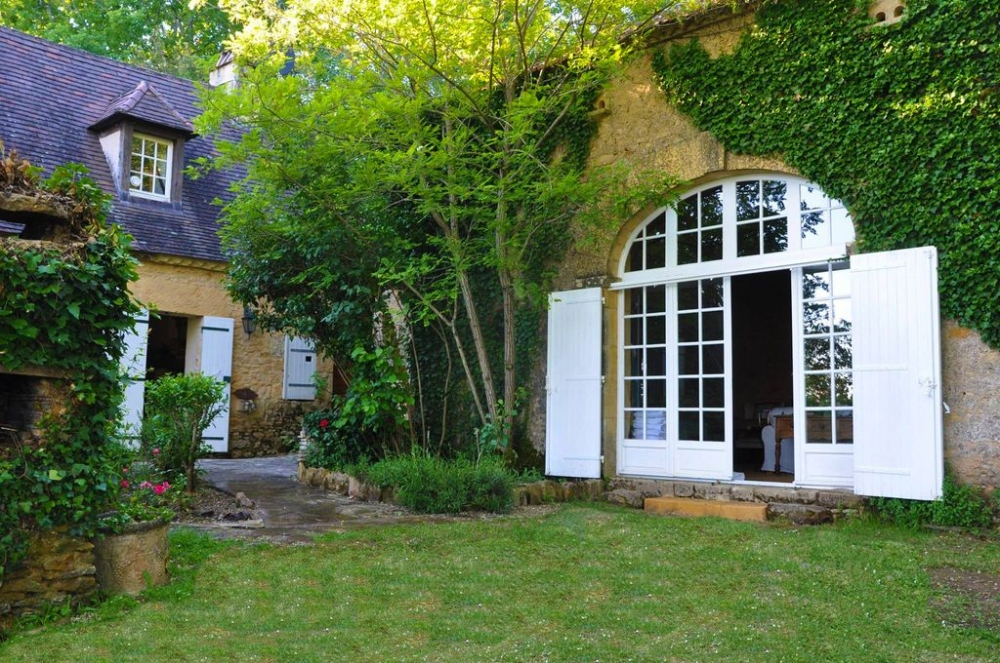 Peaceful Home in the Heart of Dordogne River Valley, Just 2km from Tremolat