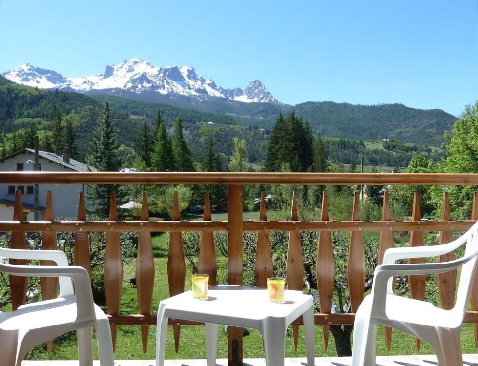 Independent Apartment Set in a Beautiful Chalet - Barcelonnette, Provence