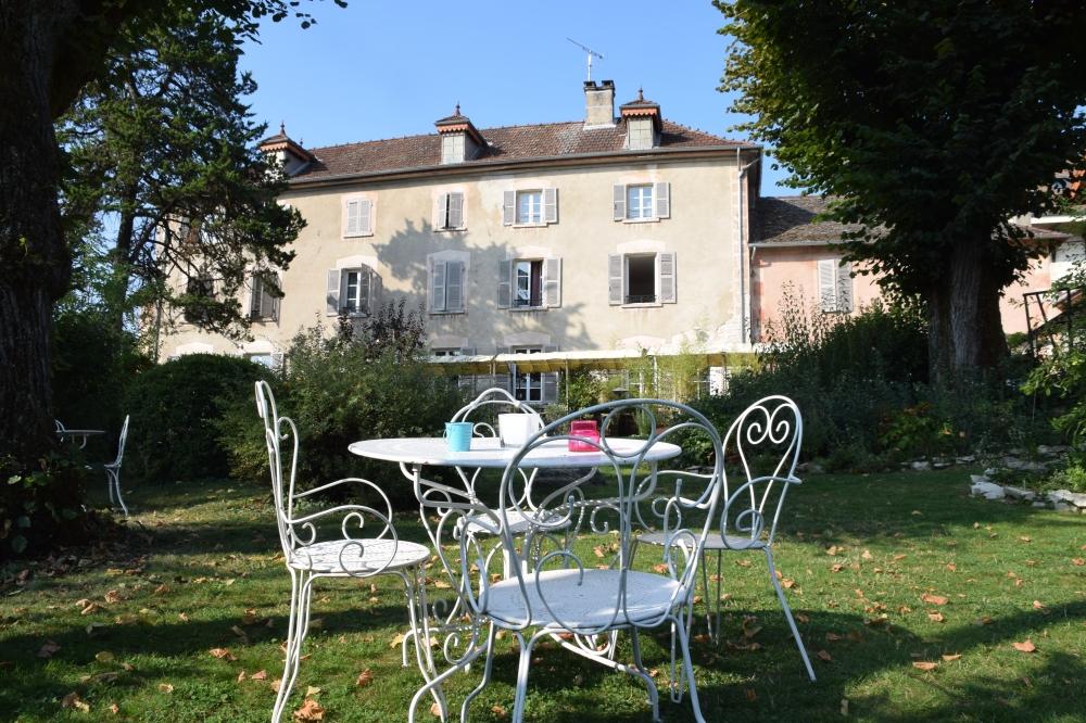 Fantastic Holiday Gite in Bouvesse-Quirieu, Isère - L'Echappée