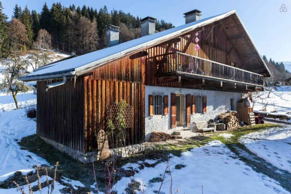 Self Catering Gite in Samöens, Haute-Savoie For 6-10 People - La Ferme