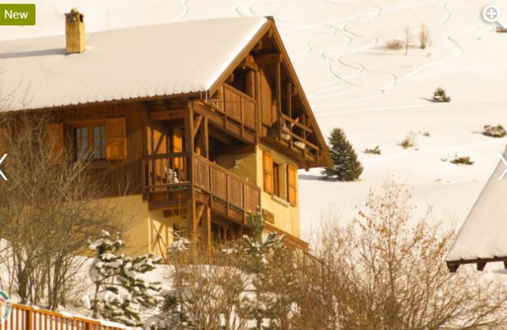 4 STAR Holiday Gite Les Fractales in Isere for 9 People