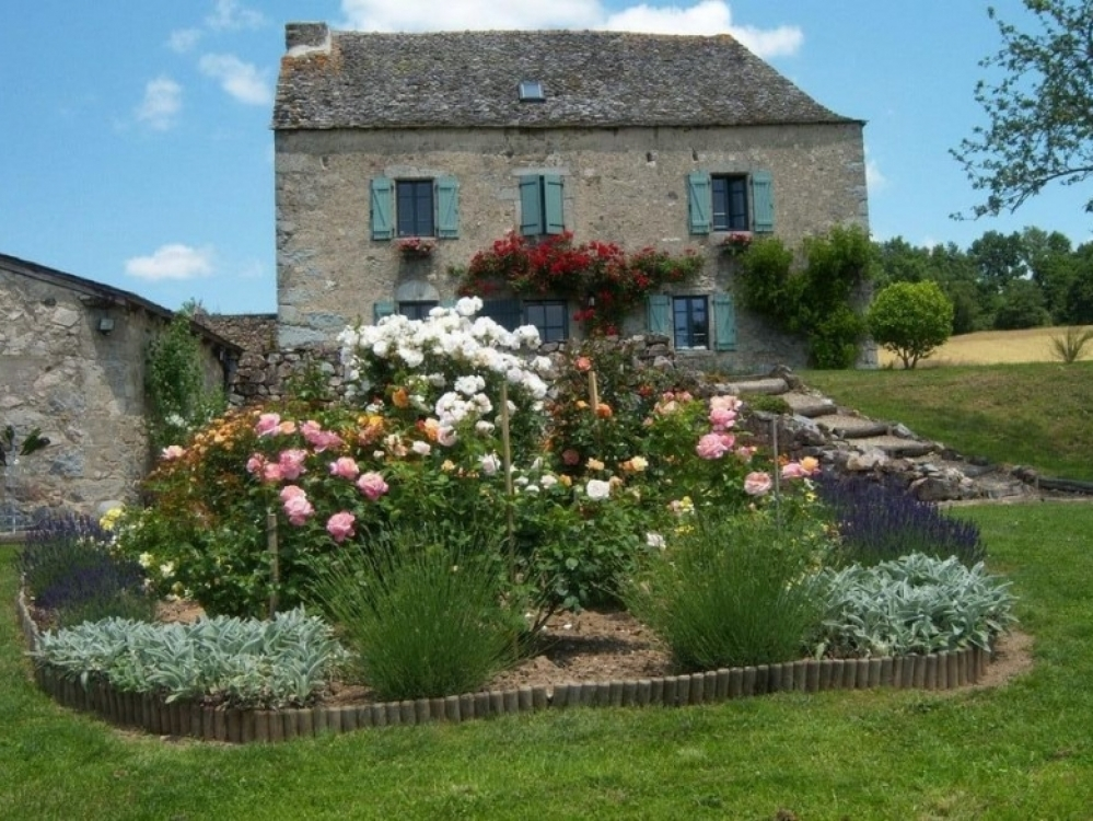 La Braguèse House & Gite - Beauiful House In Lunac, Near Villefranche de Rouergue, Aveyron