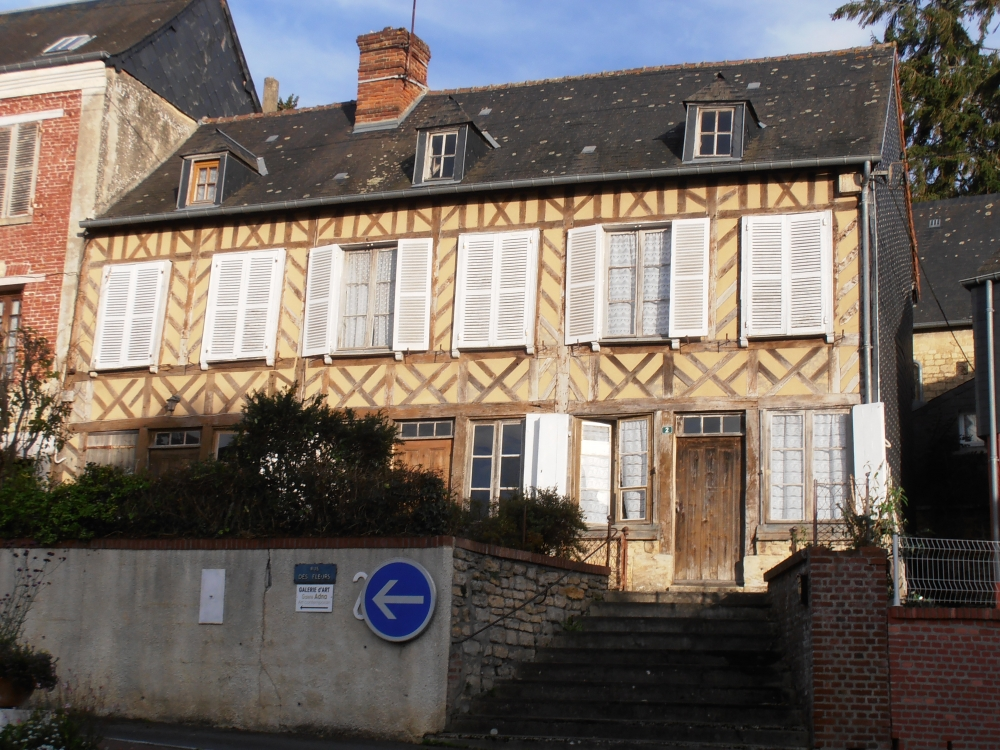 Character House Self Catering Holiday House to rent in Normandy, France