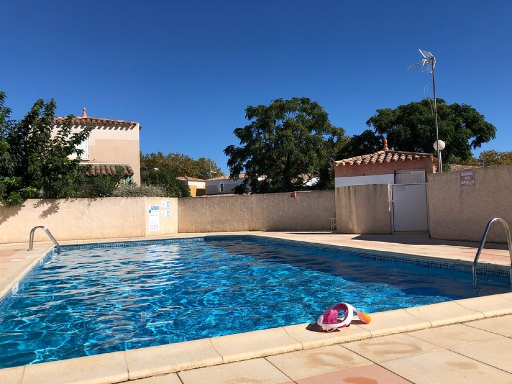 Family Villa with Swimming Pool, 200m From The Sea - Cap d`Agde, Herault