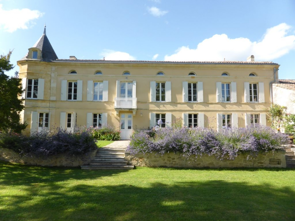 Beautiful 17th Century Chateau Sainte Colombe, near St Emilion, Gironde