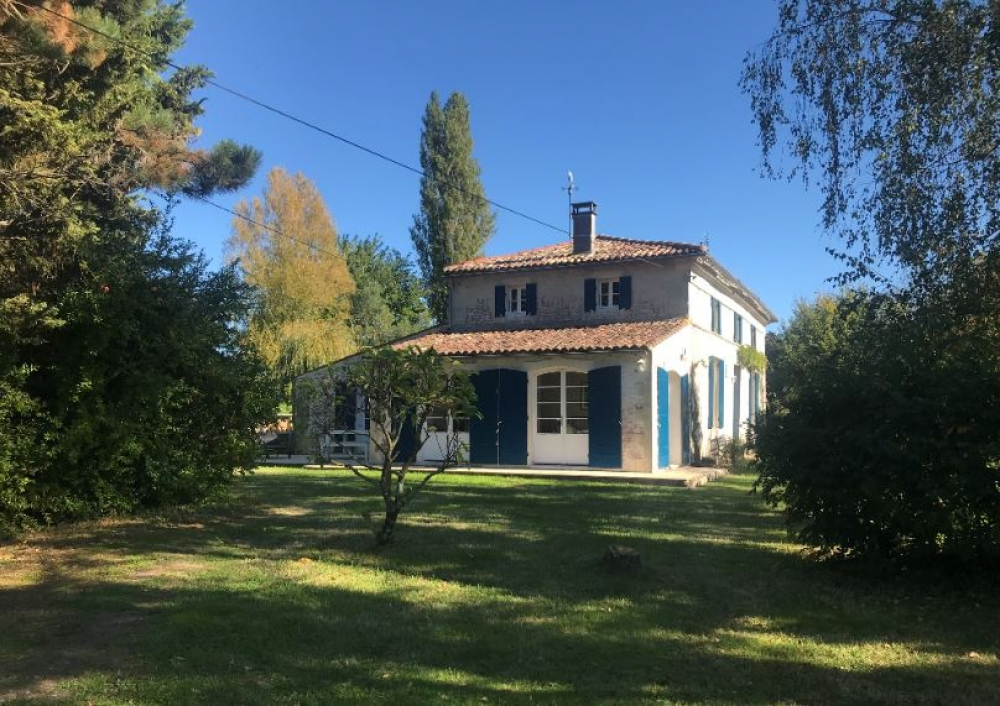 Beautifully Restored, Spacious and Secluded House Near Mortagne sur Gironde, Charente Maritime