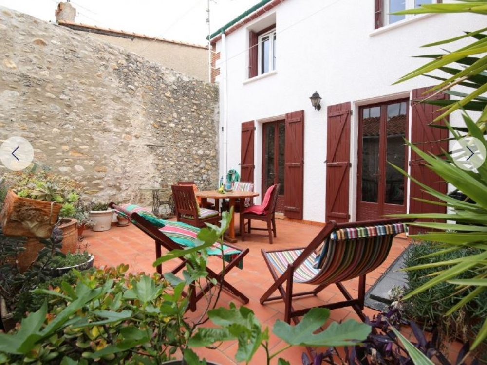 The Beautiful Apartment in  Le Soler For 6 People