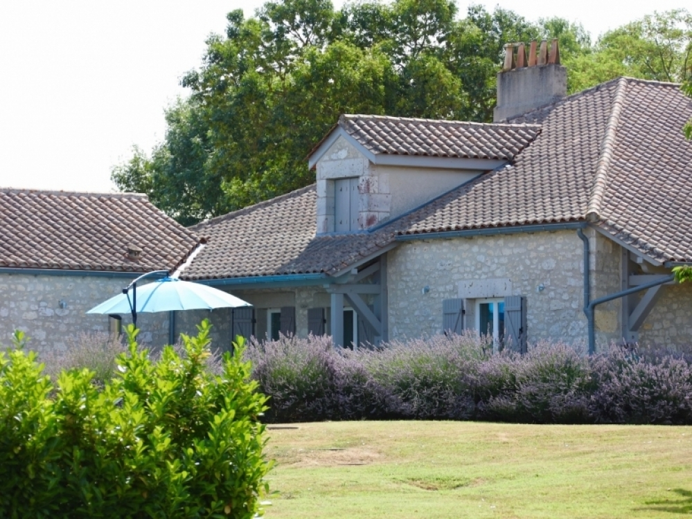Converted Barn Holiday Rental in Dordogne - The Cottage