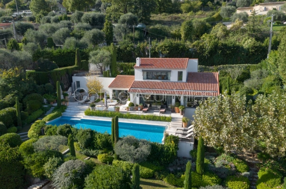 Stunning 4 Bedroom Villa with Sea Views in Vence - Villa de Veyas