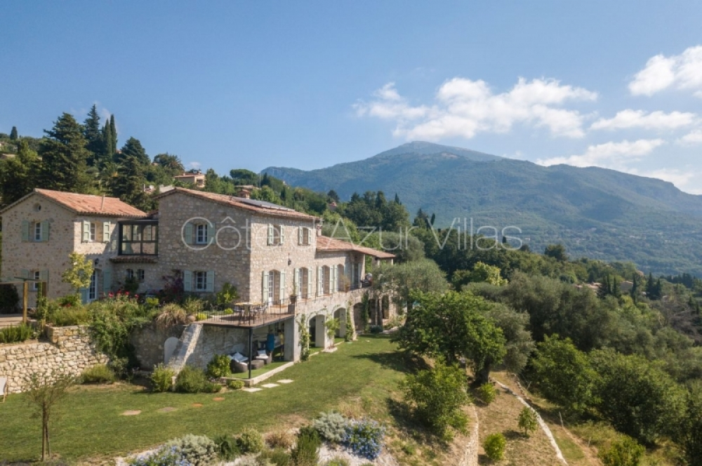 6 Bedroom Holiday Villa with Heated Pool Near Chateauneuf, 20 minutes from Valbonne - Villa Spencer