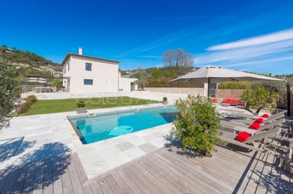 Stunning 6 Bedroom Villa Overlooking St Paul de Vence - Vue de St Paul