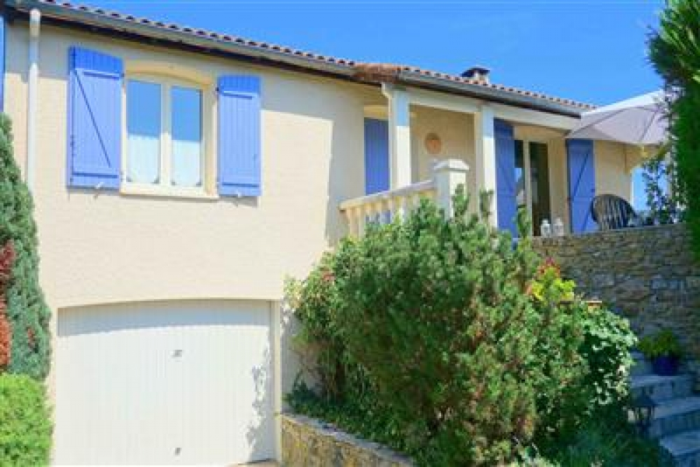 4 Bed Holiday Villa With Private Pool in Mirepoix, Aude