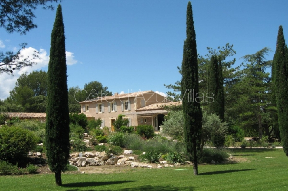 Charmingly Mas des Collines, Eygalieres5 Bedroom Villa - Provence for 10 People