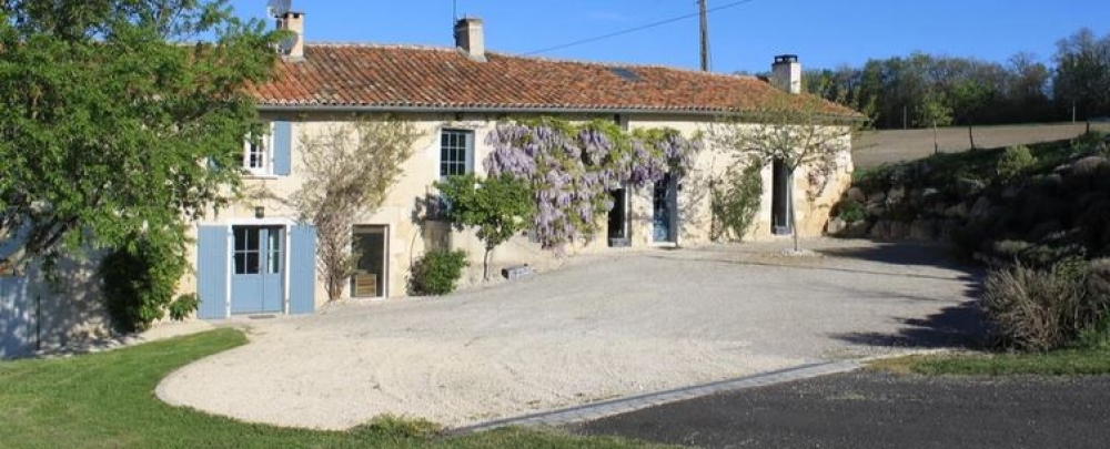 3 Bedroom Self-catering Holiday Home Located on the Charente / Dordogne Border, Southwest France