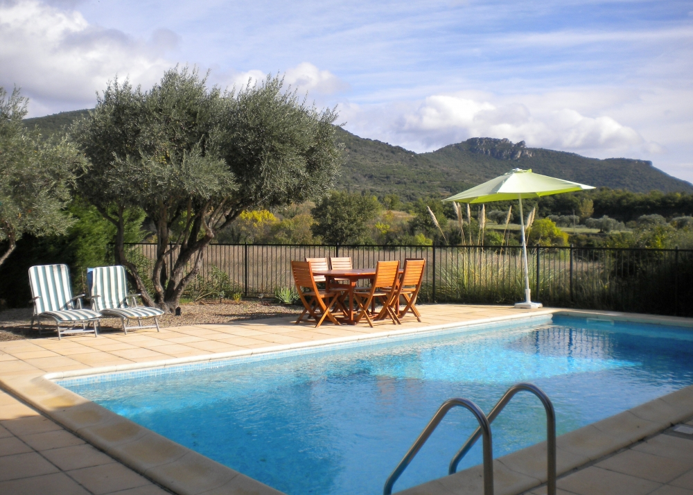 Charming Modern Villa with Swimming Pool and Oustanding Views in St Jean de la Blaquiere, Herault
