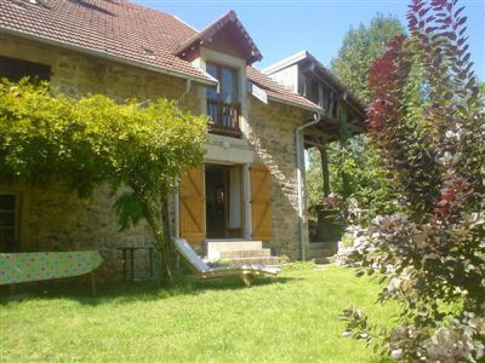 Beautiful Village House in Jura, Near Baume les Messieurs