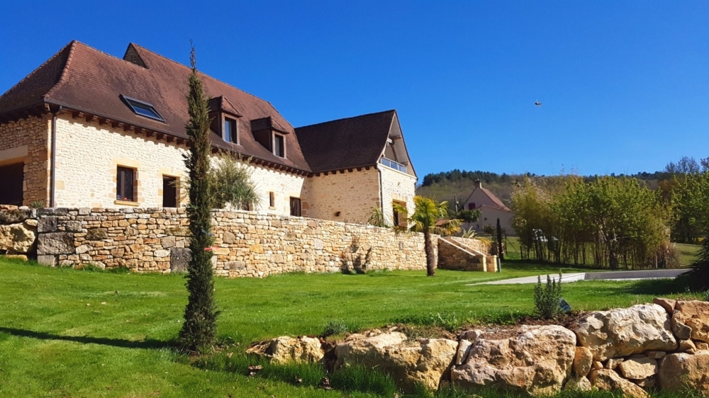 Private Aubas Holiday Home with Swimming Pool, Near Montignac and Sarlat