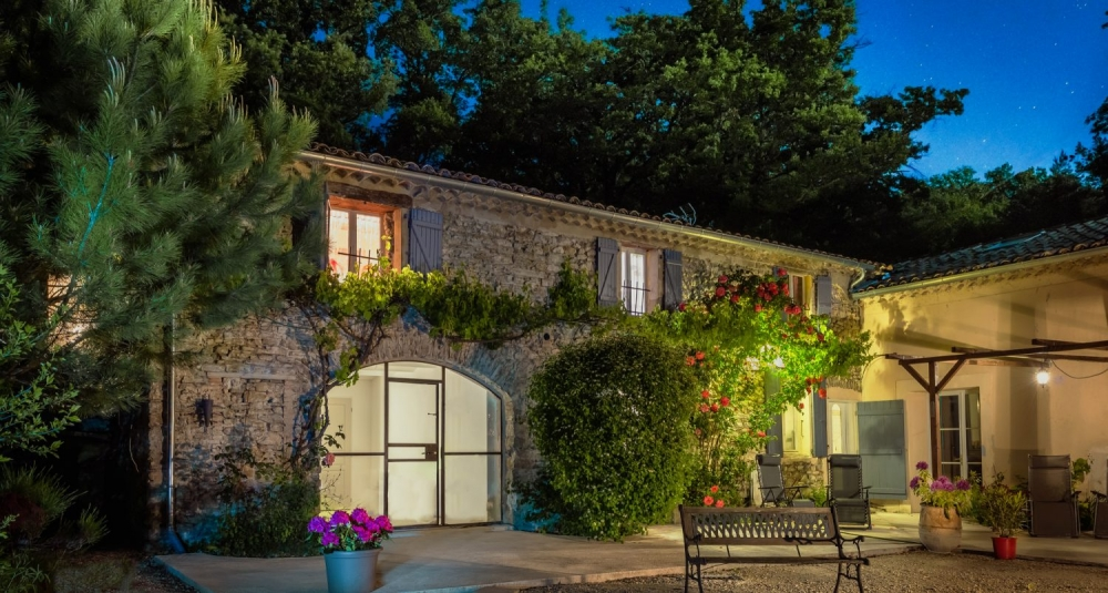 Traditional Provencale Mas with Large Swimming Pool in Drome, French Alps - Le Barronier