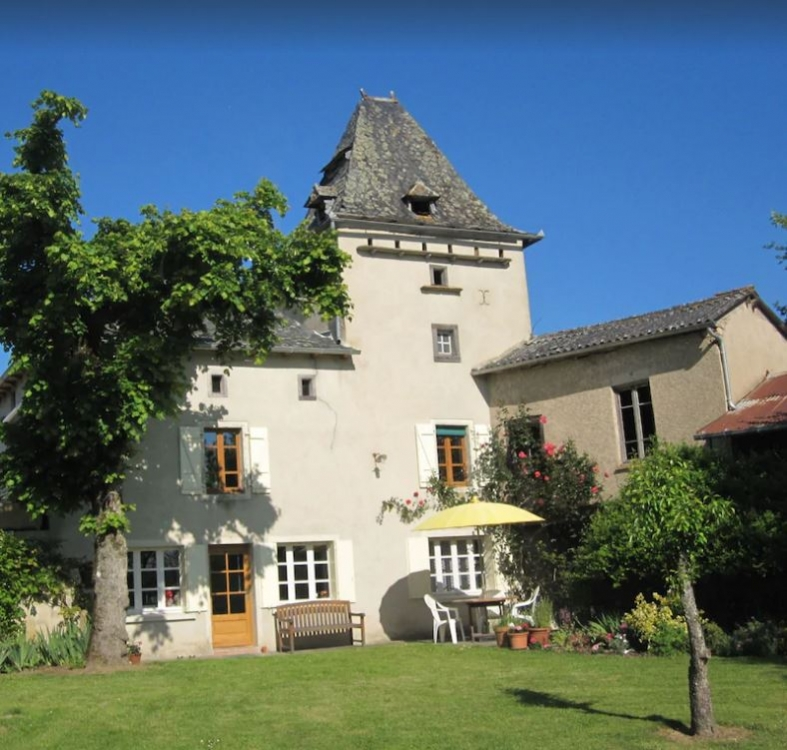 Charming Cottage with Large Private Garden and Pool, Stunning Views - Oubax, Aveyron