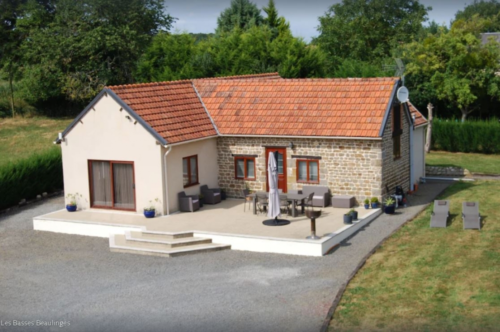 Light and Airy Bungalow in Manche, Normandy - Large South Facing Terrace, Heated Outdoor Pool