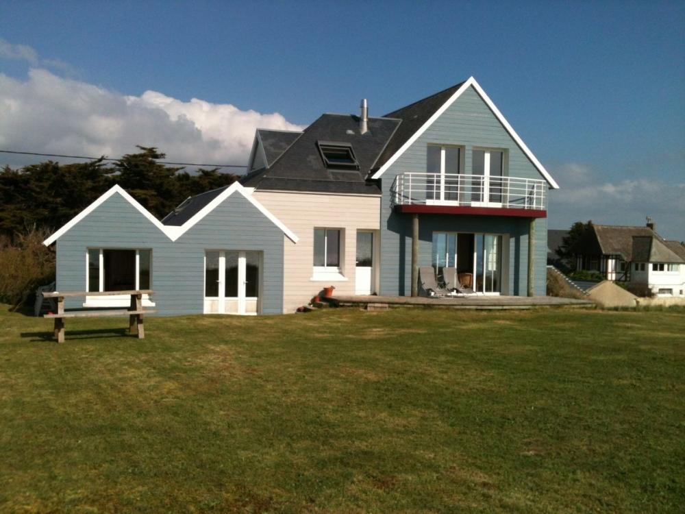 5 Bedroom, 2 Bathroom Denneville House - The Beachhouse