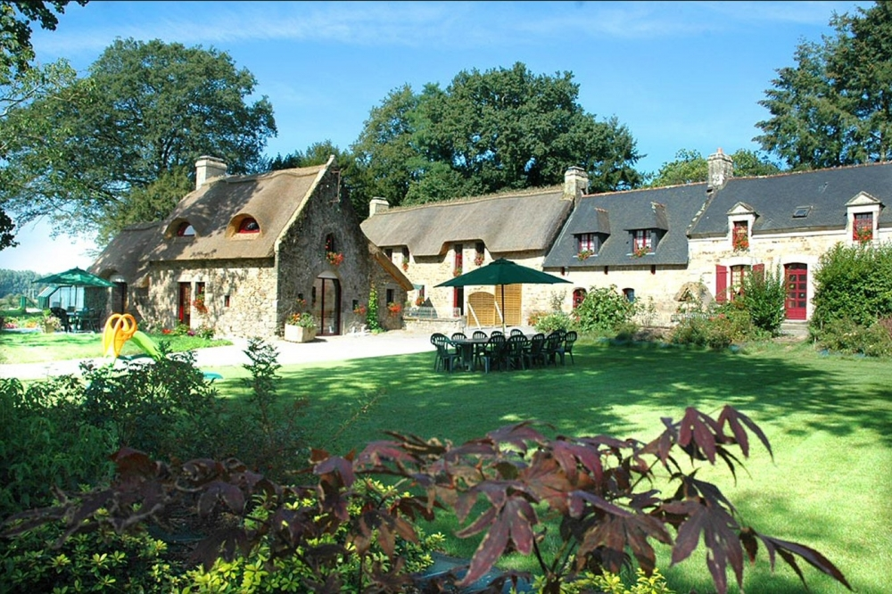 Fantastic Farmhouses in the heart of the Valley of the Evel, Near Baud, Morbihan