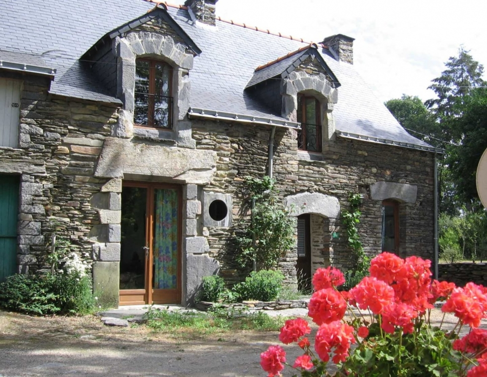 Self Catering Gite, Full of Charm, Exposed Stones and Beams - The Gite Ble Noir 6 people