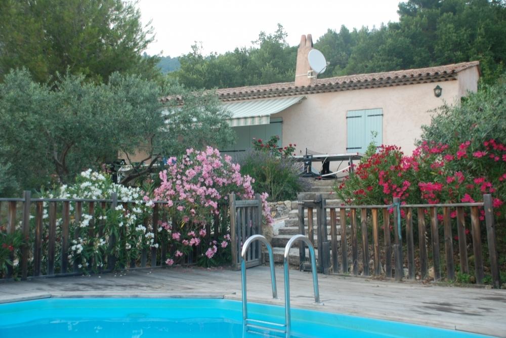 Villa Magali - Provence Holiday Villa in Seillans, Modern Facilities and New Pool