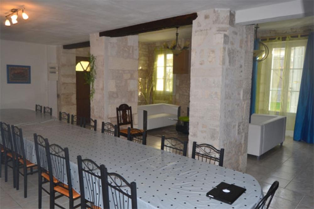 Saint Sever de Sintonge House with Swimming Pool, Charente-Maritime - La Maison des Elfes
