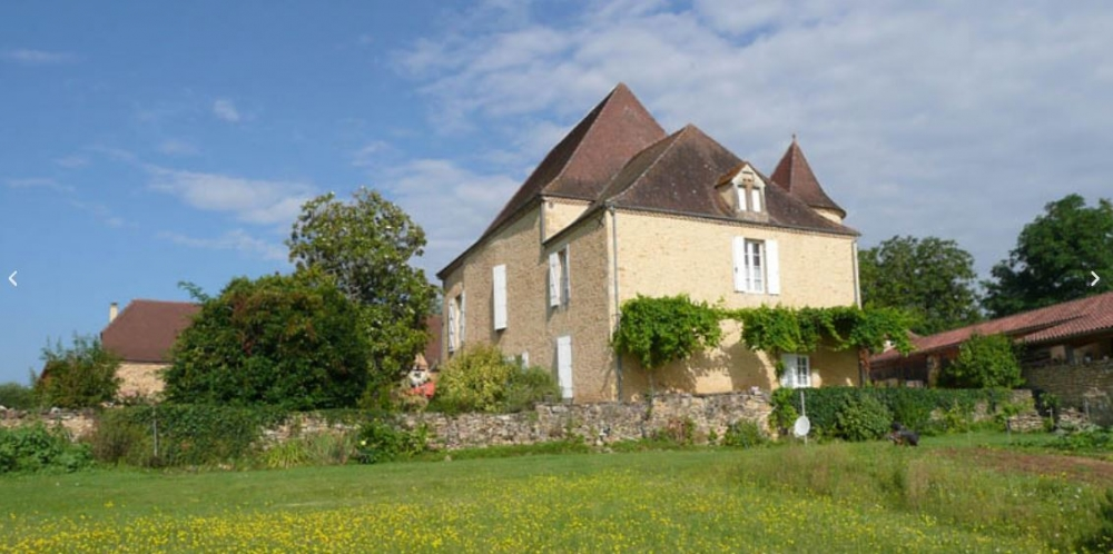 Manor of the Brunie - 15th Century Fortified House with Stunning Views, Dordogne