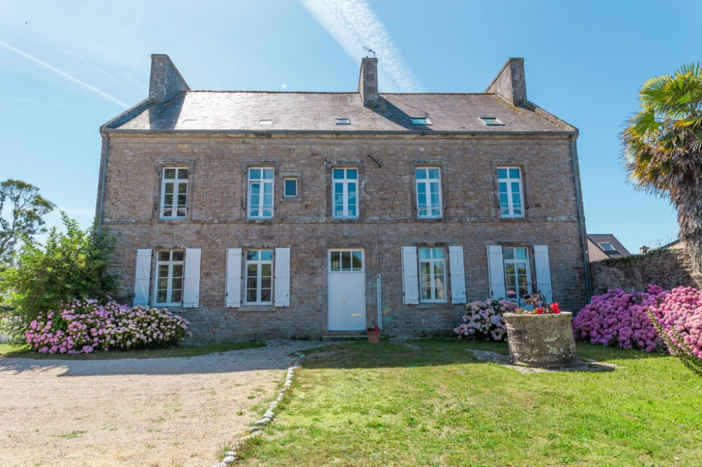 Le Presbytère de Plomeur - Farmhouse With Stunning Views in Plomeur, Finistere