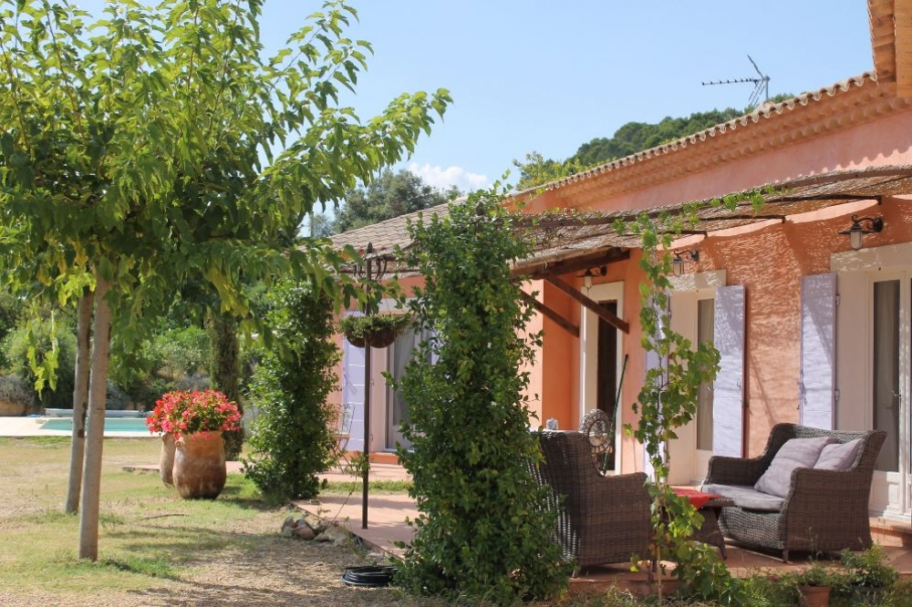 La Maison Marlin - Tastefully decorated Villa with Heated Pool in Cotignac, Provence